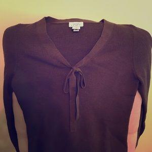 Brown light-weight sweater